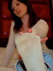 Lisas well worn socks and smelly foot seduction